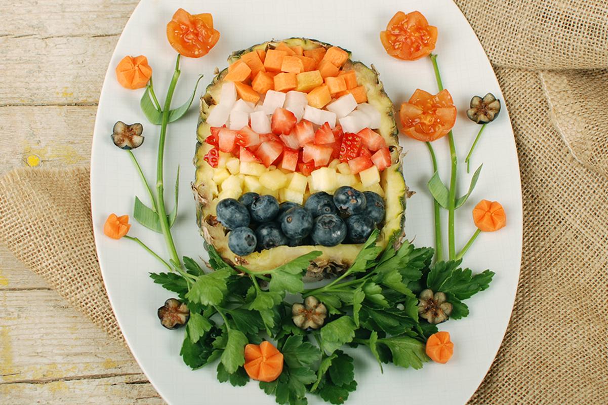 """Ostern ist eines der schönsten Feste des Jahres! Mit dem Rezept """"Farbenfroher Snack für die Osterjause"""" von Biohof Achleitner wird das Osterfest richtig bunt!"""