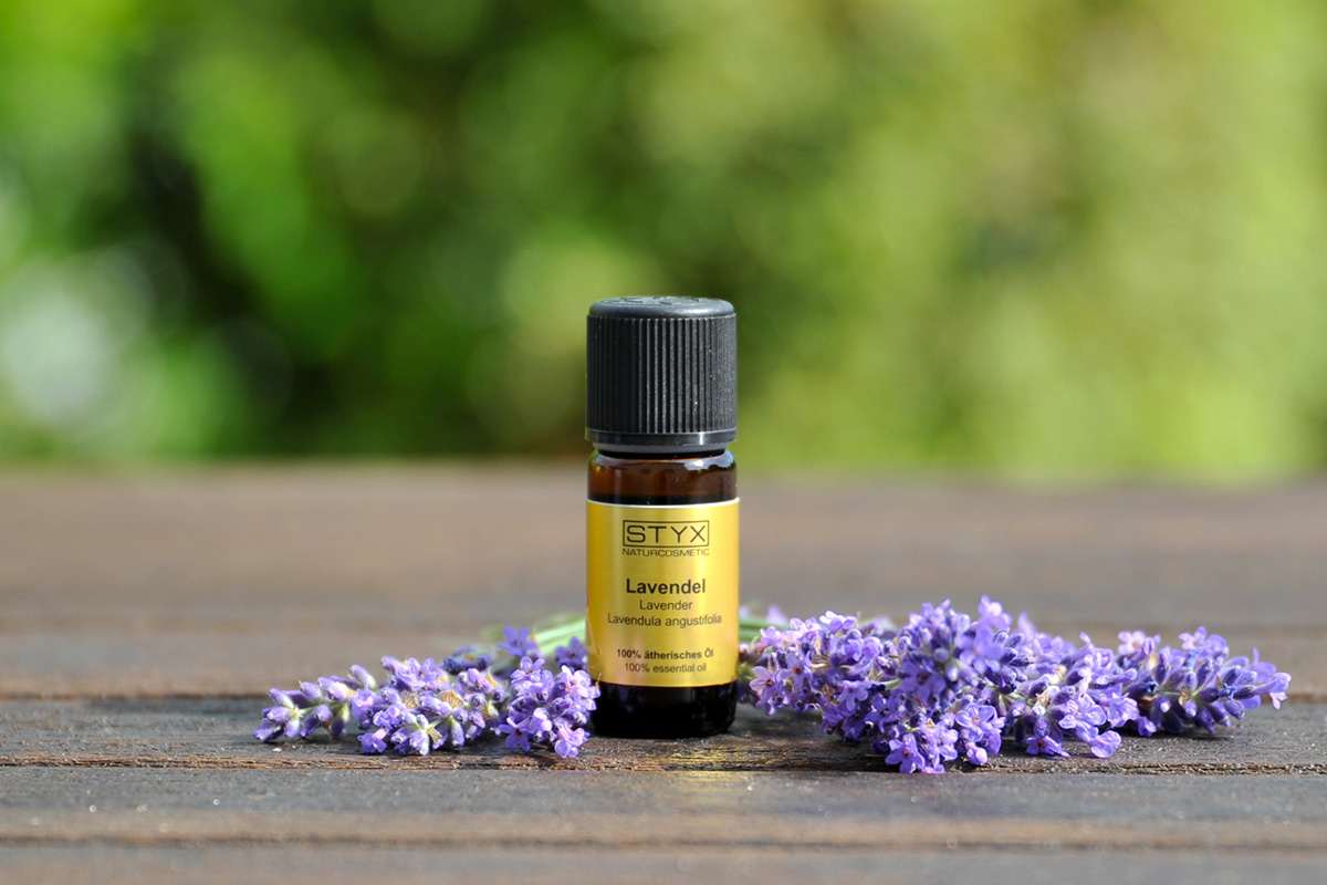 Kissenspray mit Lavendelöl STYX Naturcosmetic 2021 1200x800
